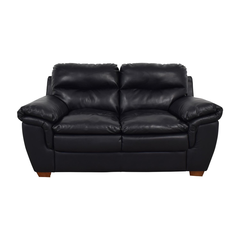83 Off Jennifer Furniture Jennifer Furniture Wilton Black