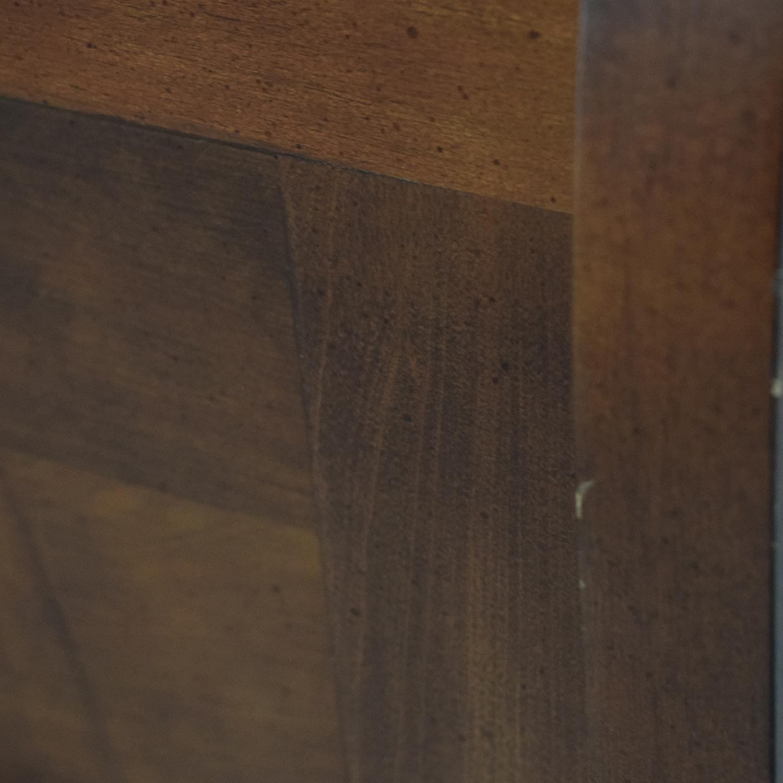 Kincaid Kincaid Wood Sleigh Queen Bed Frame Beds