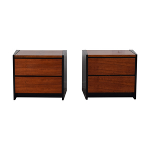 Henredon Furniture Henredon Two-Drawer Nightstands second hand