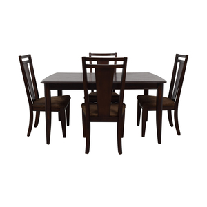 Raymour & Flanigan Raymour & Flanigan Extendable Dining Set nyc