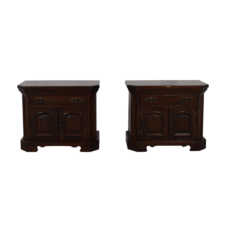 Bennington Pine Bennington Pine Bedside Tables End Tables