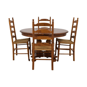 Ethan Allen Ethan Allen Extendable Wood Pedestal Dining Set used