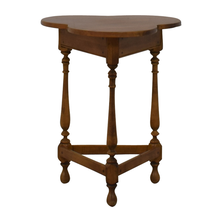 Ethan Allen Ethan Allen Triangle Scalloped End Table for sale