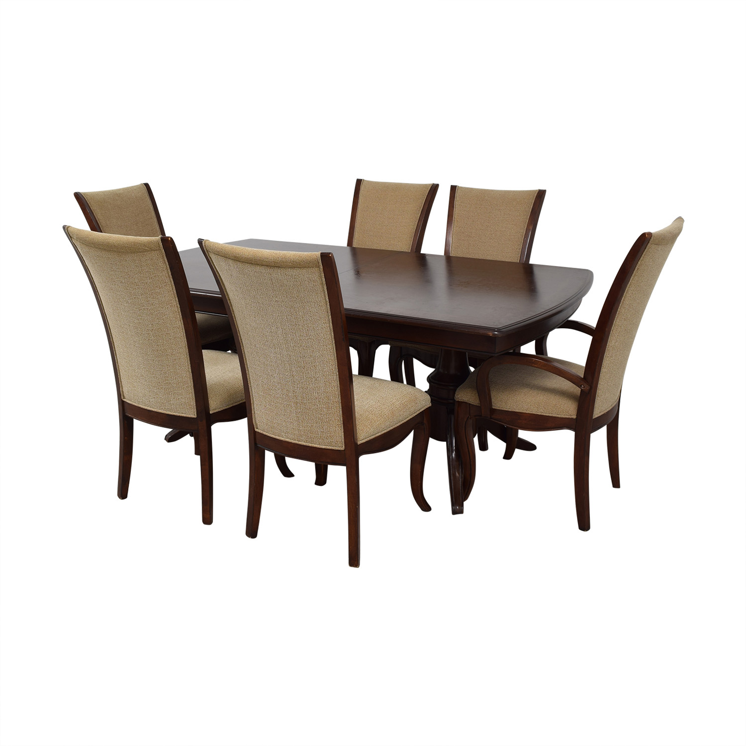 Raymour & Flanigan Raymour & Flanigan Extendable Dining Set with Padded Protector nj