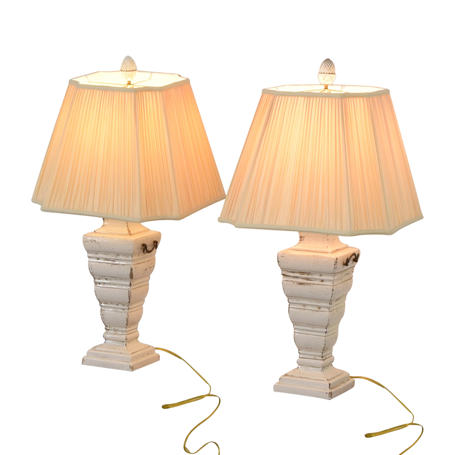The Bradburn Gallery The Bradburn Gallery Cream Table Lamps white and cream