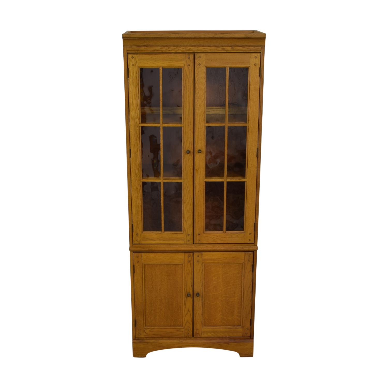Hooker Furniture Hooker Furniture Oak and Glass Lighted Cabinet used