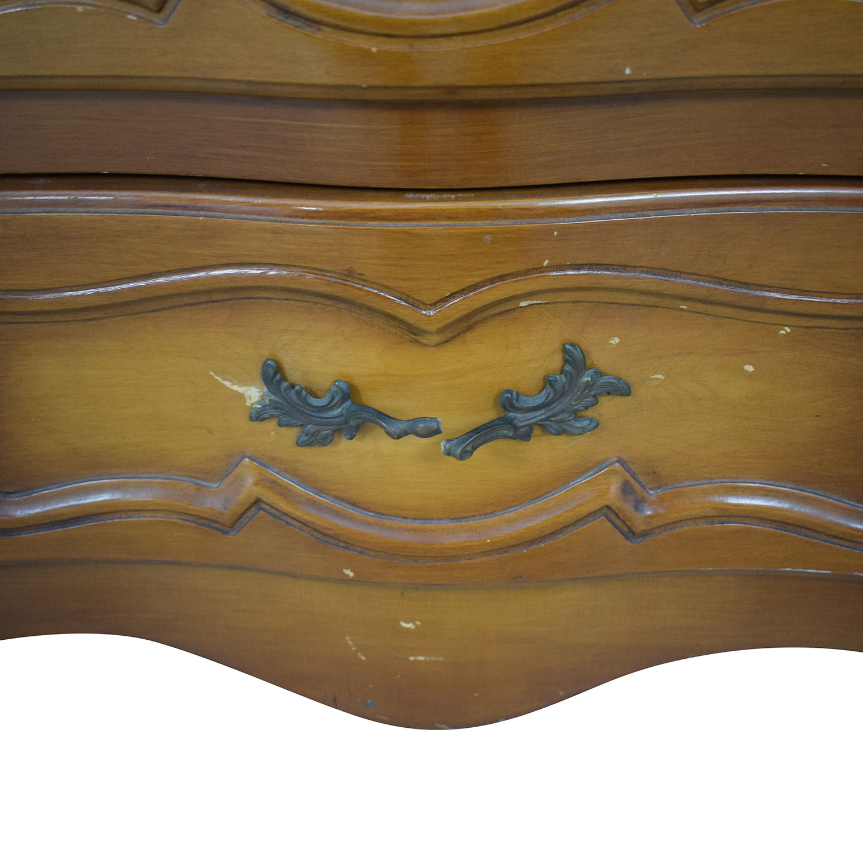 Vanleigh Dresser Dressers
