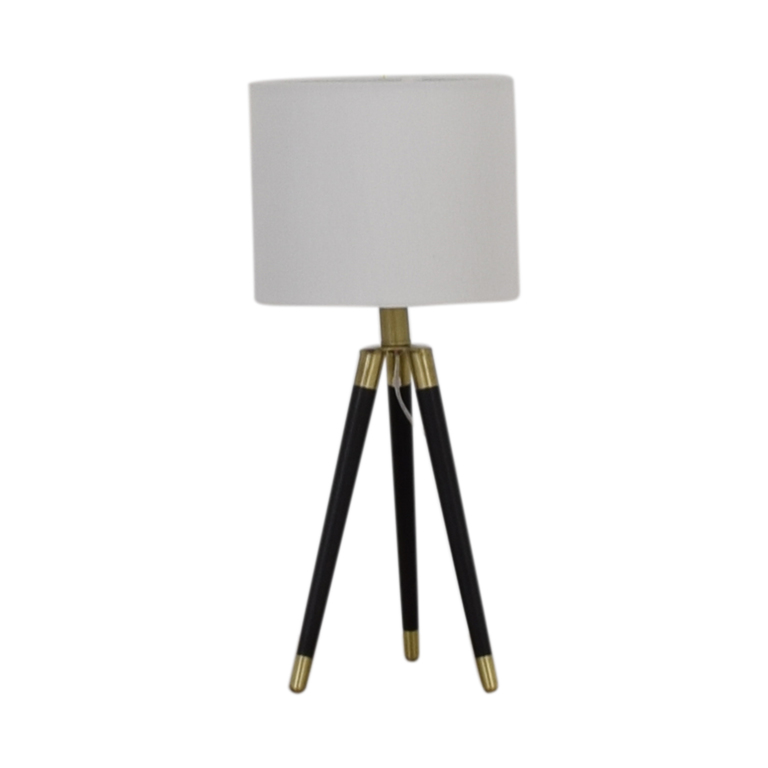 StyleCraft StyleCraft Tripod Table Lamp used
