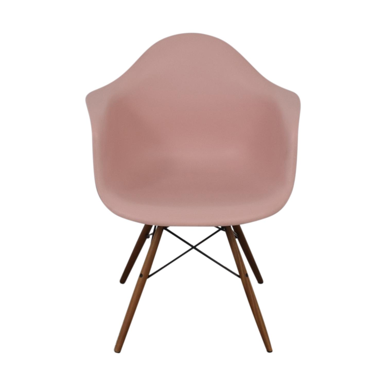Herman Miller Herman Miller Eames Blush Molded Plastic Dowel Leg Chair nj