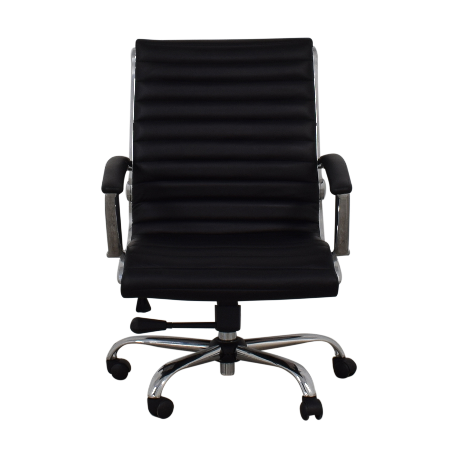 Staples Staples Adjustable Black Office Chair used