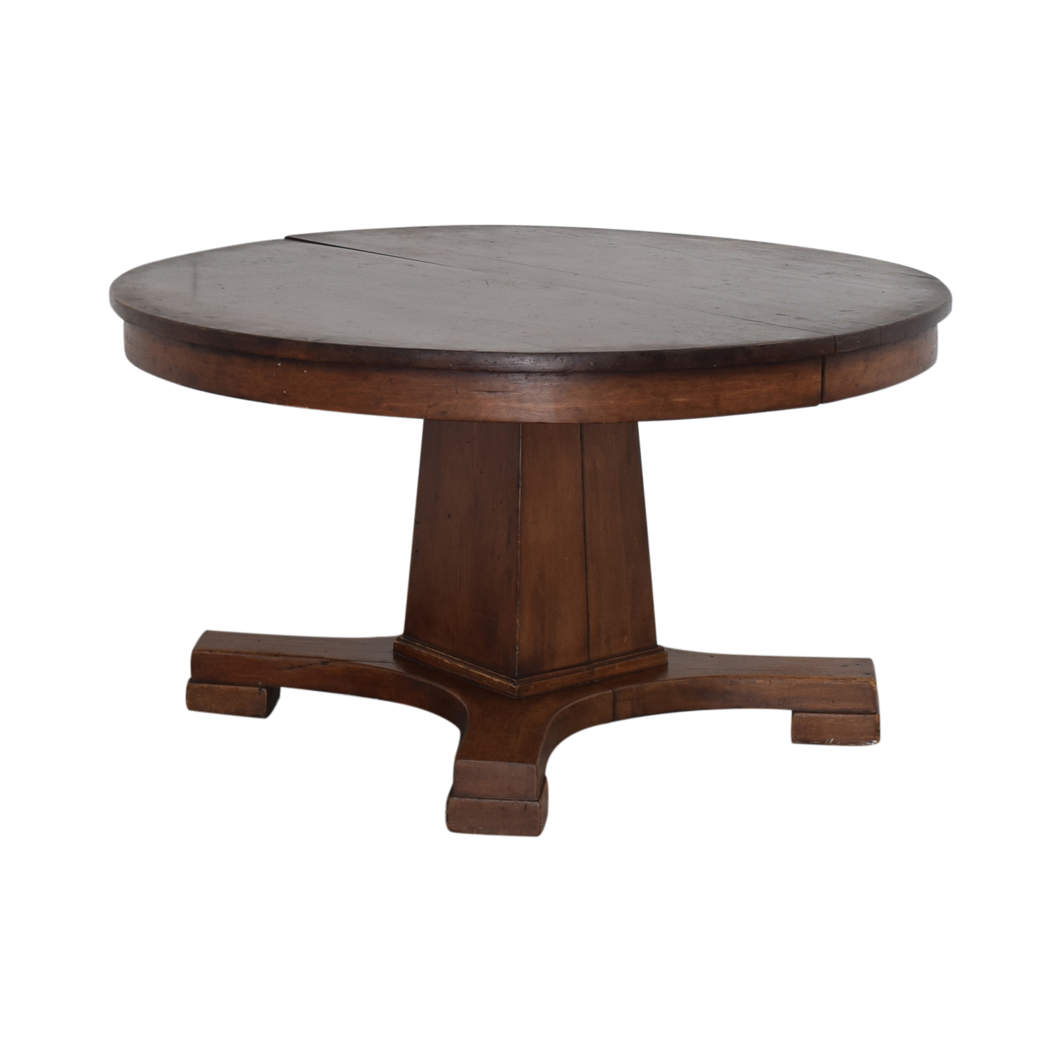 88% OFF   Vintage Round Pedestal Dining Table / Tables