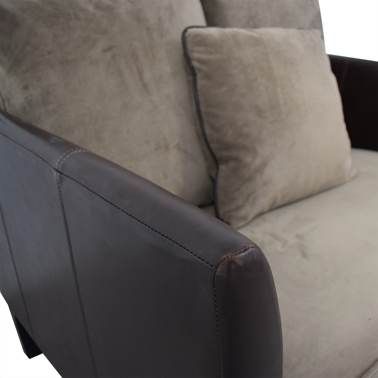 Bernhardt Bernhardt Two-Tone Brown and Beige Accent Chair dimensions