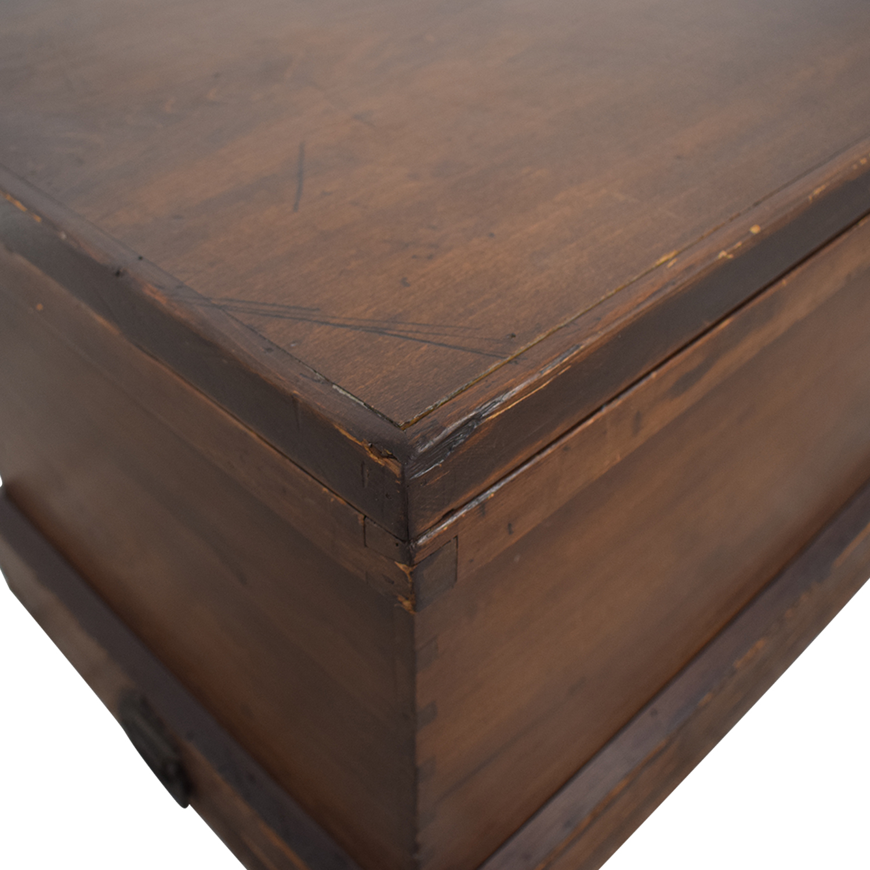 Rustic Decorative Chest brown