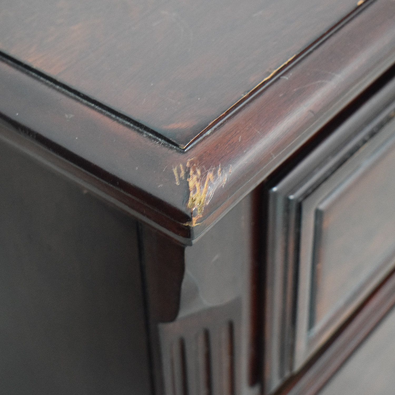 Heirloom Traditions Two-Drawer End Tables Dressers