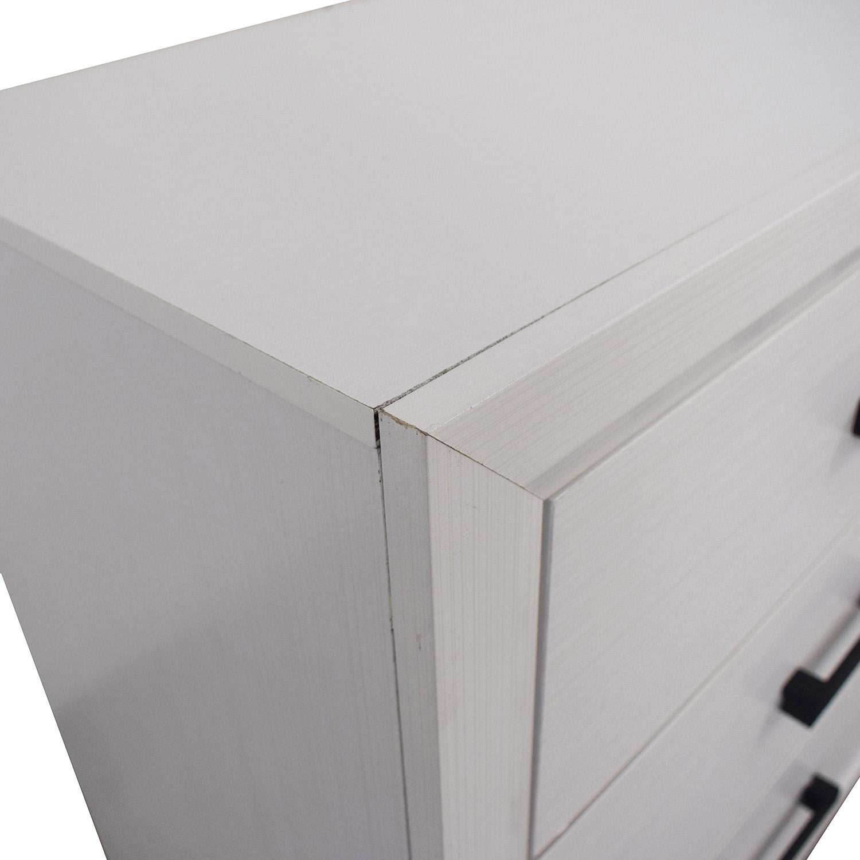 Modern White Six-Drawer Dresser