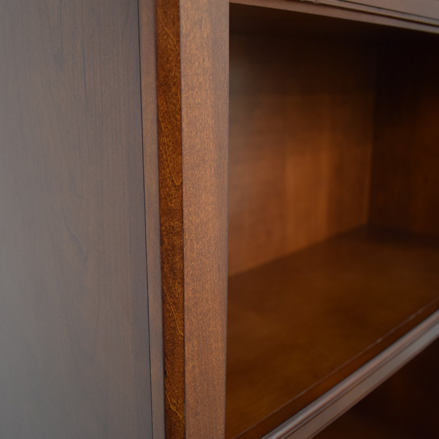 Raymour & Flanigan Raymour & Flanigan Bookcase dimensions