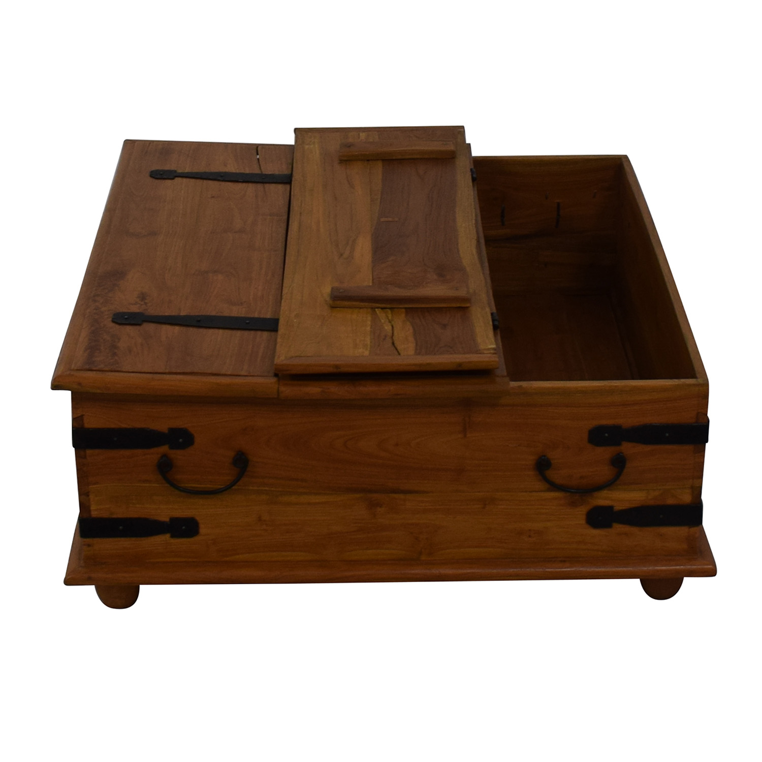 Macy's Storage Coffee Table / Tables