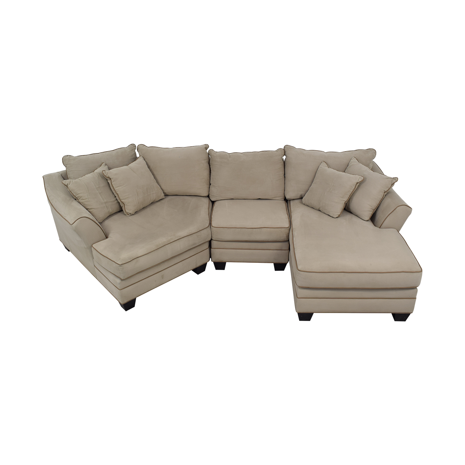 82% OFF - Raymour & Flanigan Raymour & Flanigan Foresthill Two-Piece  Sectional Sofa / Sofas