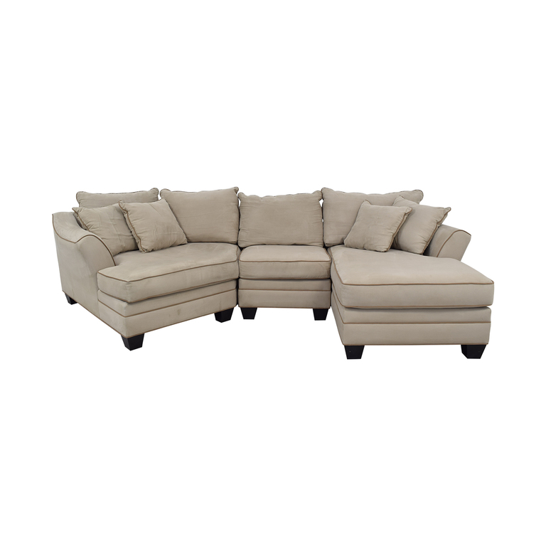 Raymour & Flanigan Raymour & Flanigan Foresthill Two-Piece Sectional Sofa used