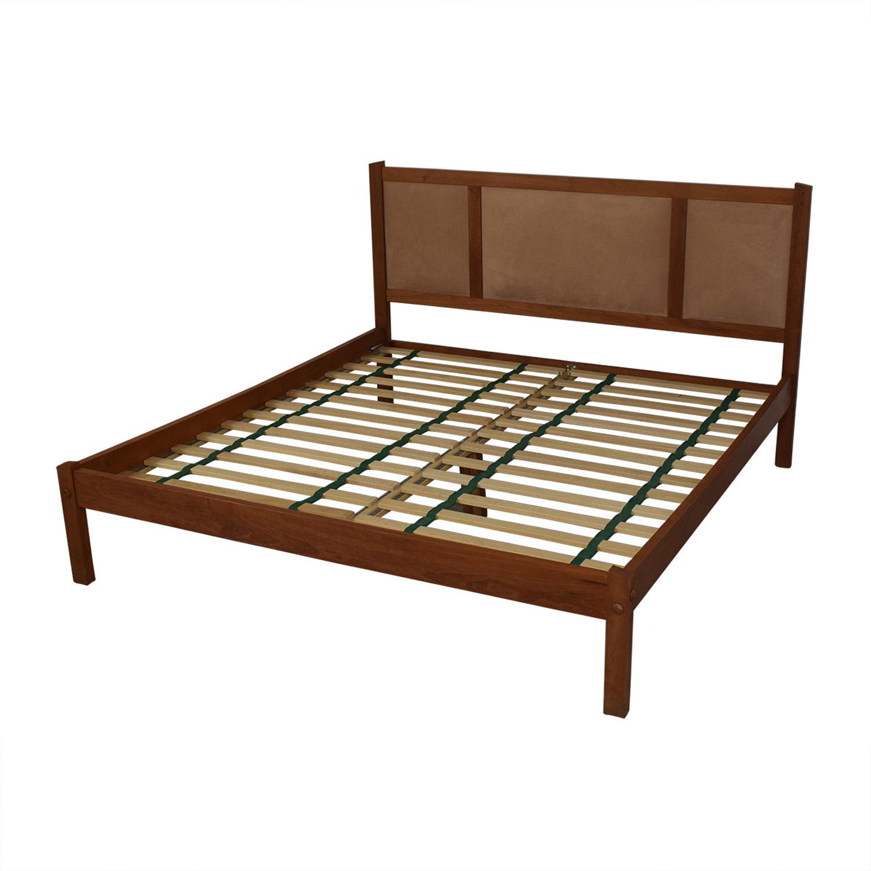 Scott Jordan Furniture Scott Jordan Cherry Beige Upholstered Platform King Bed Frame second hand