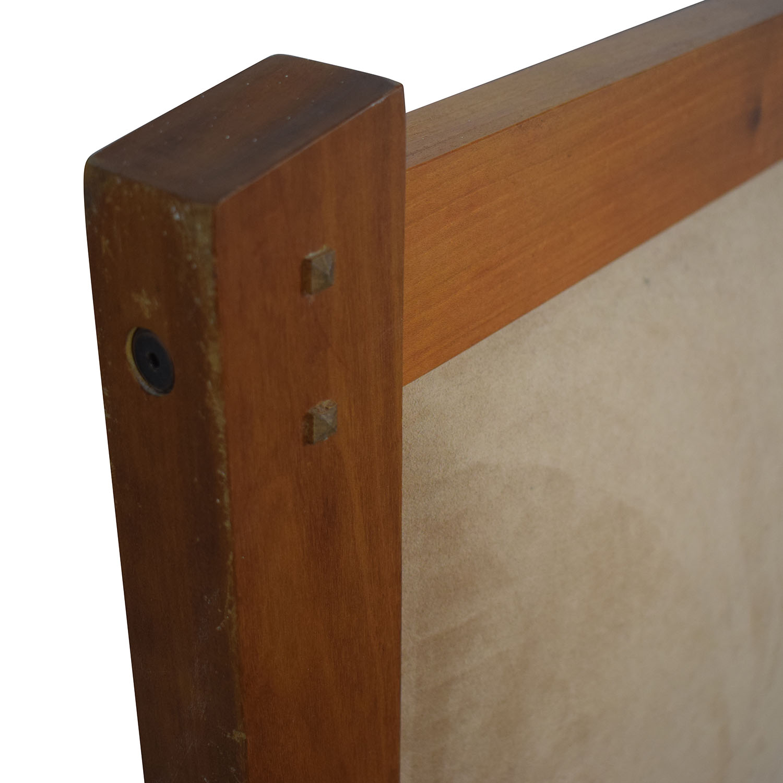 buy Scott Jordan Cherry Beige Upholstered Platform King Bed Frame Scott Jordan Furniture Bed Frames