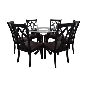 Raymour & Flanigan Raymour & Flanigan Contemporary Style Round Table With Six chairs nj