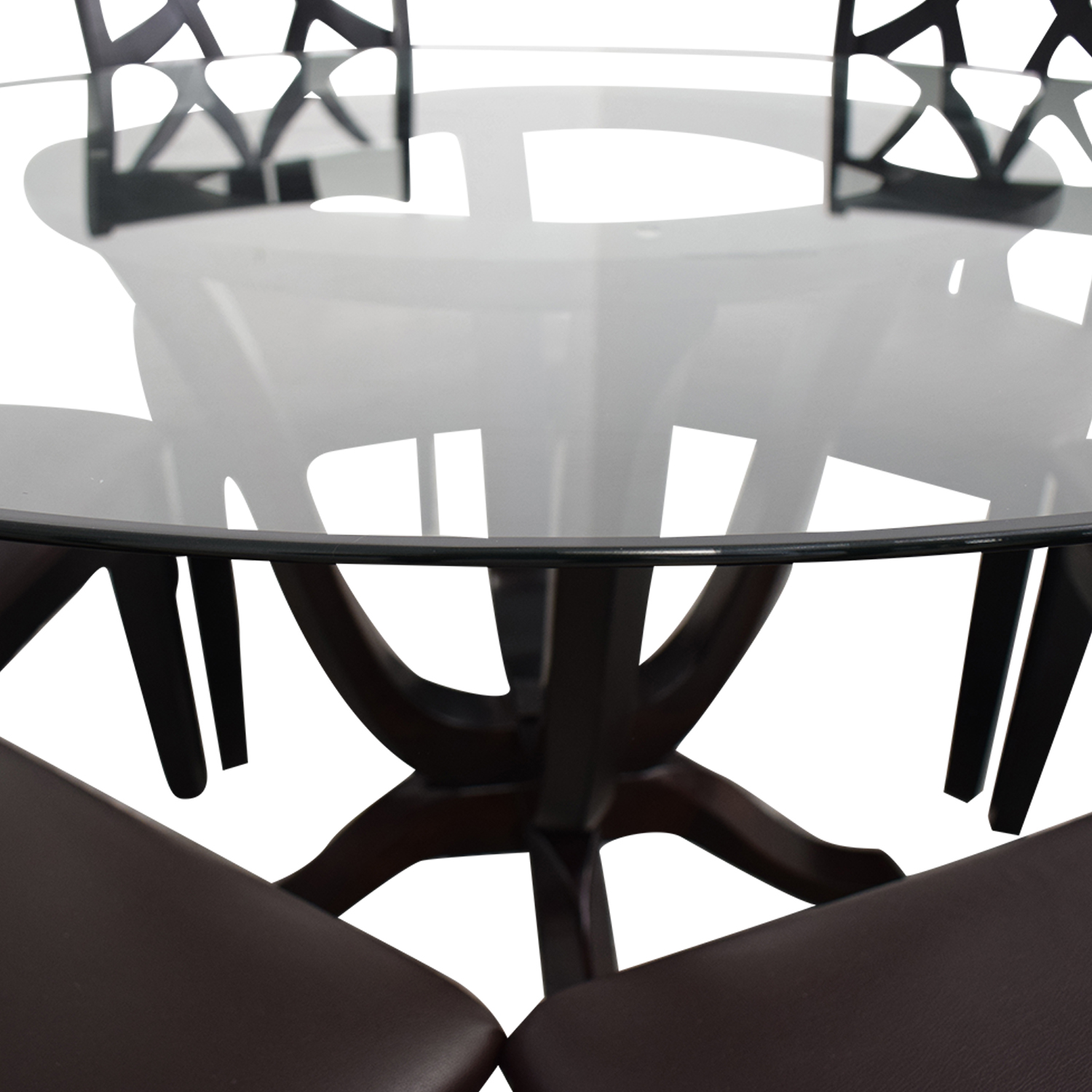 Raymour & Flanigan Raymour & Flanigan Contemporary Style Round Table With Six chairs second hand