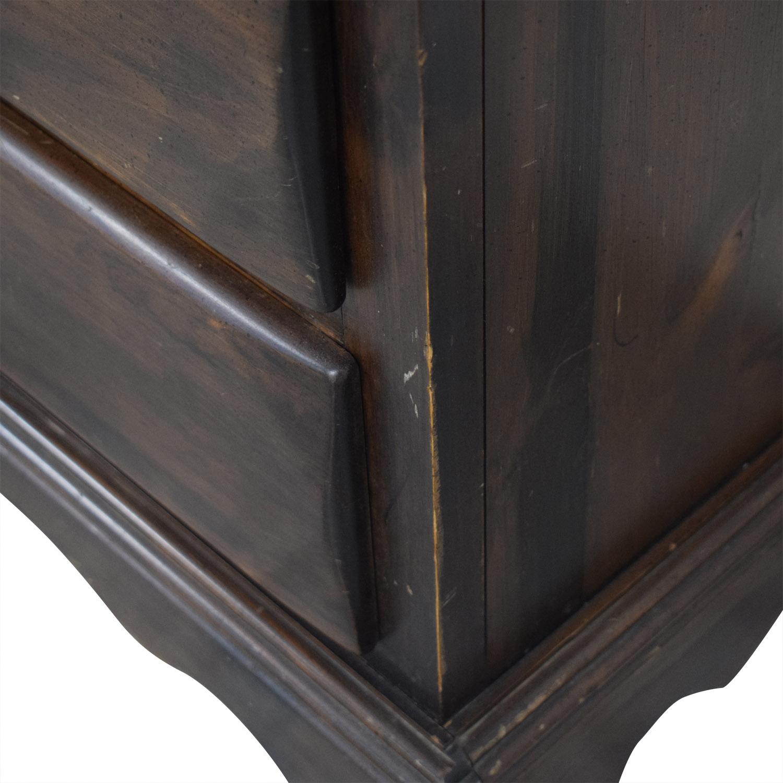 Ethan Allen Ethan Allen Six-Drawer Dresser with Mirror Storage