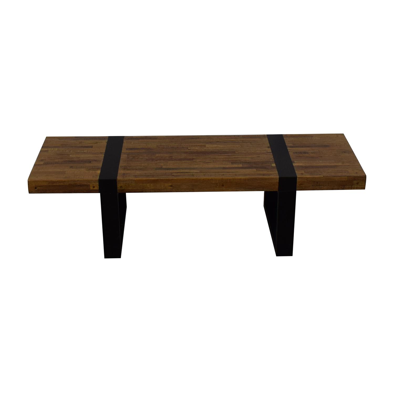 Crate & Barrel Seguro Coffee Table / Coffee Tables