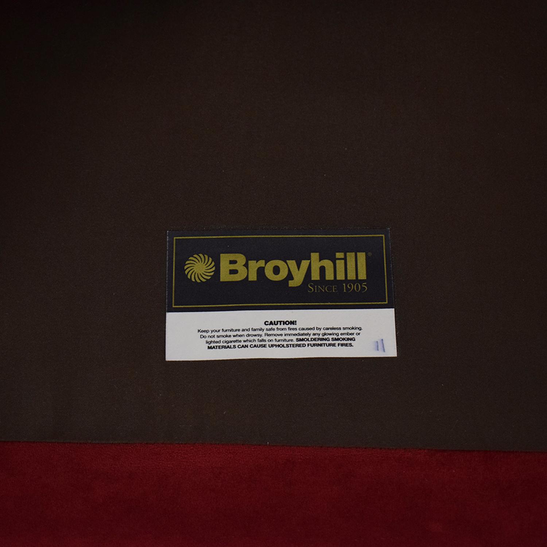 Broyhill Furniture Broyhill Two-Cushion Sofa Classic Sofas