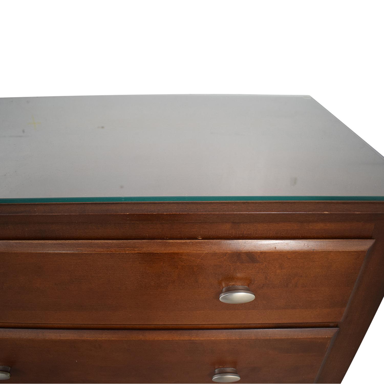 Ethan Allen Six-Drawer Dresser With Glass Top / Dressers