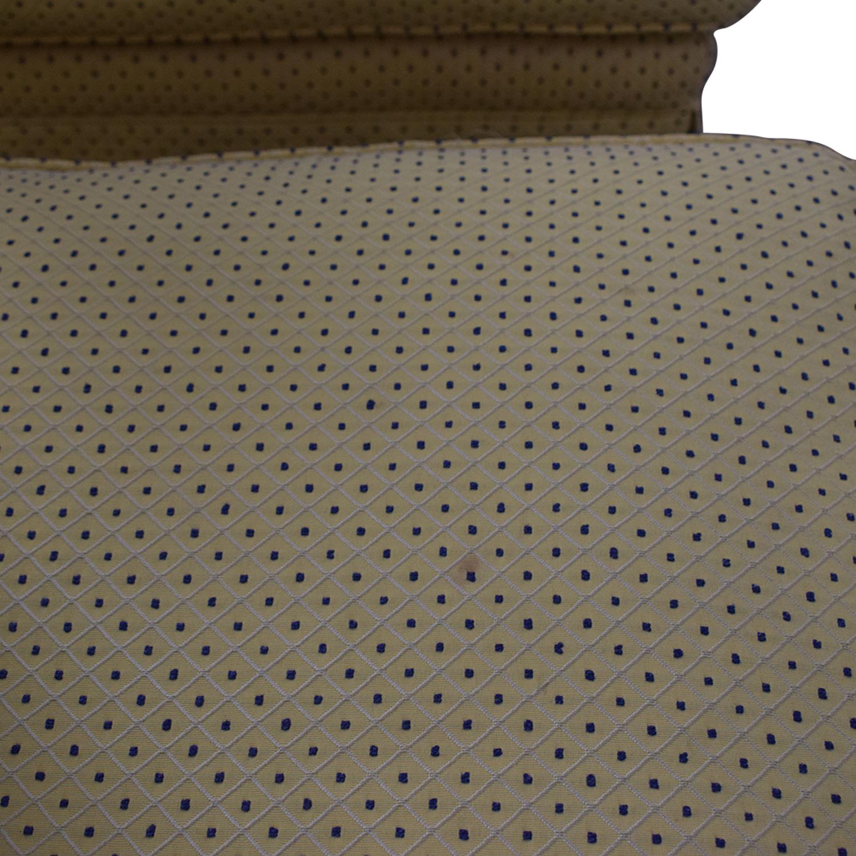 Sherrill Furniture Sherrill Armless Side Accent Chairs nj