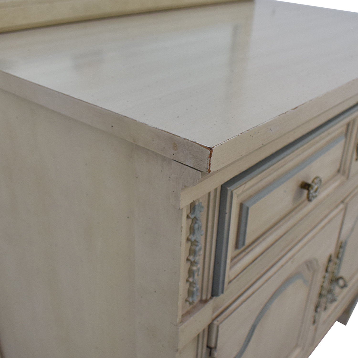 Dixie Furniture Company Dixie Furniture Chest with Mirror nyc