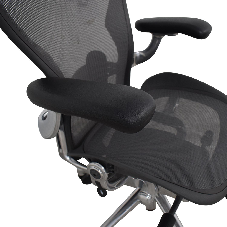 Herman Miller Aeron Size B Black Office Desk Chair Herman Miller