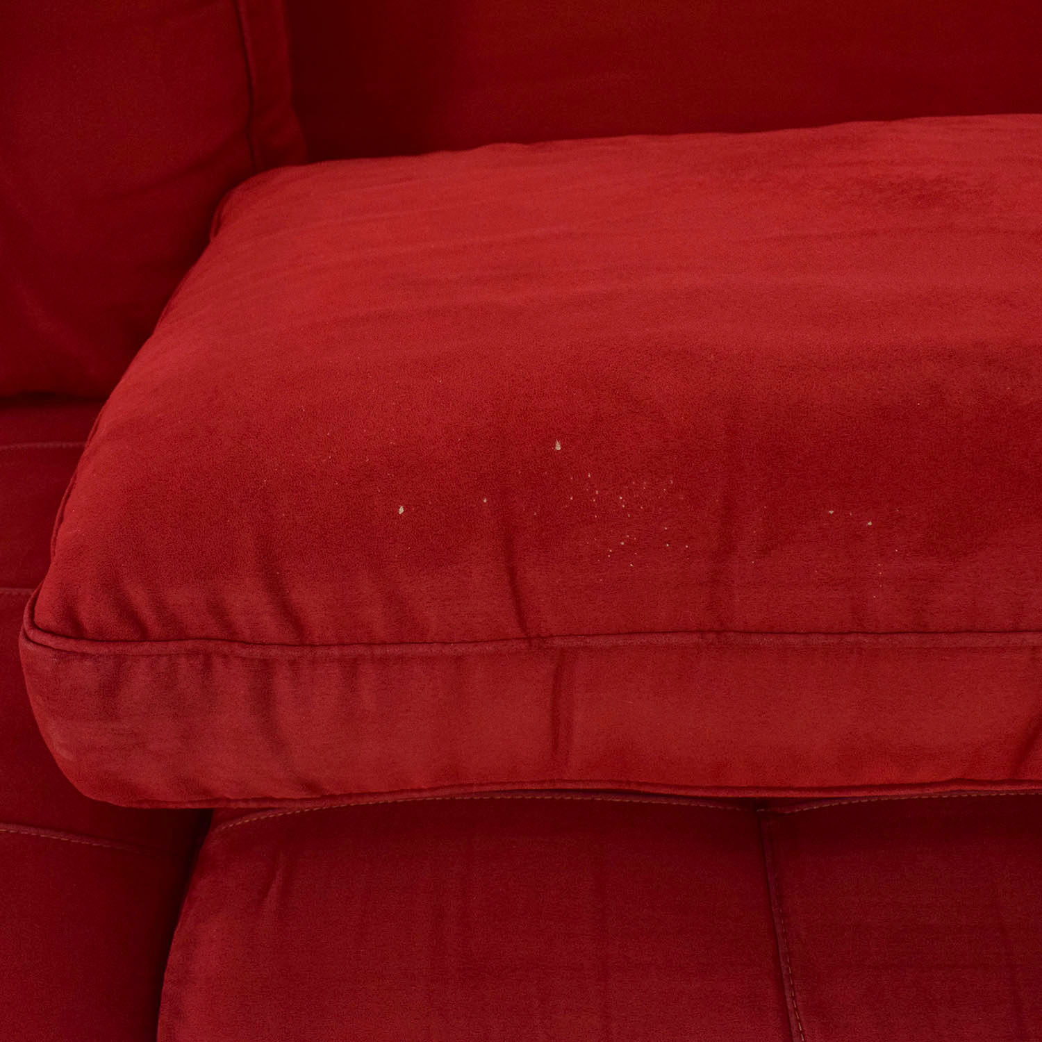 Raymour & Flanigan Raymour & Flanigan Red Sleeper Sofa discount