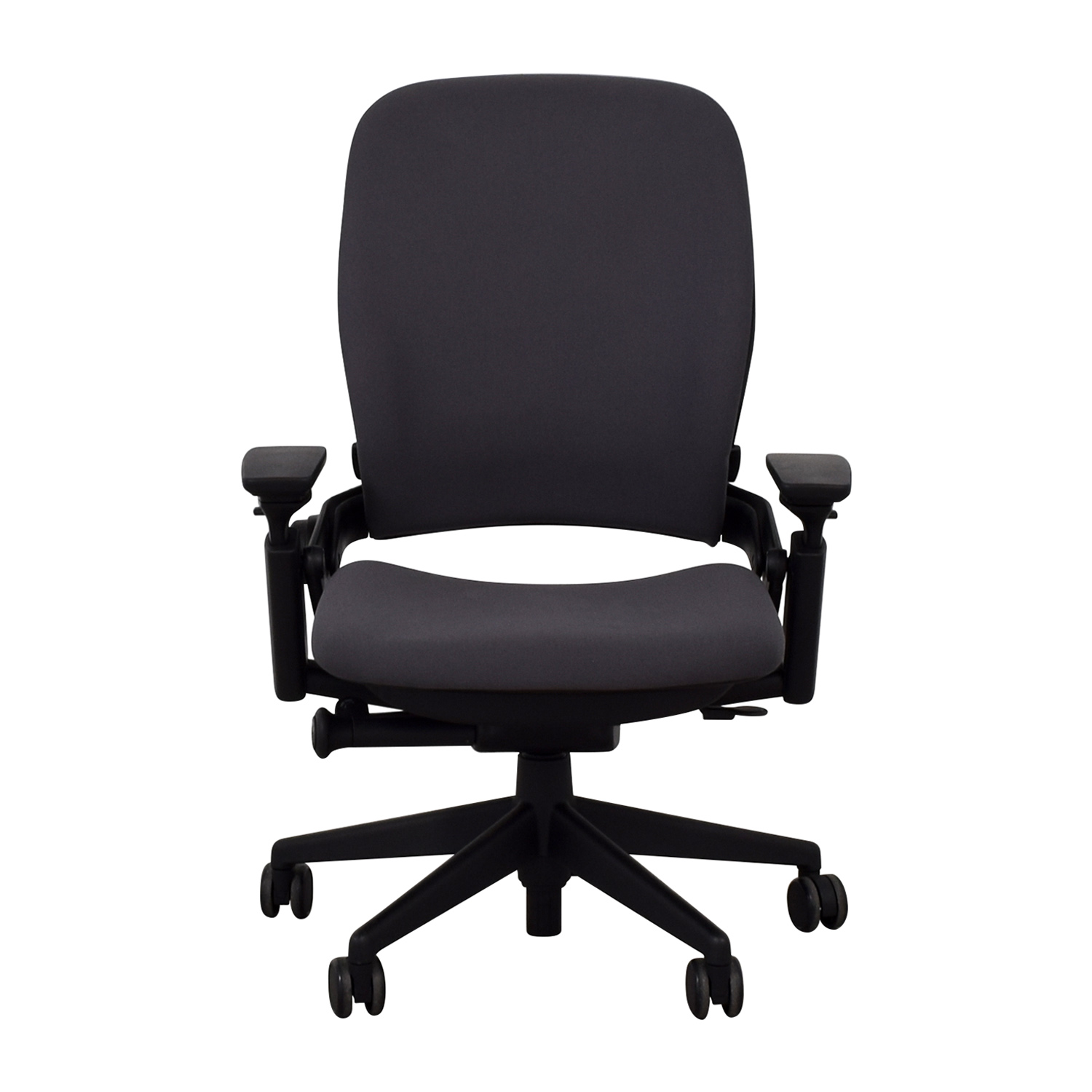 Steelcase Steelcase Leap V2 Office Chair used