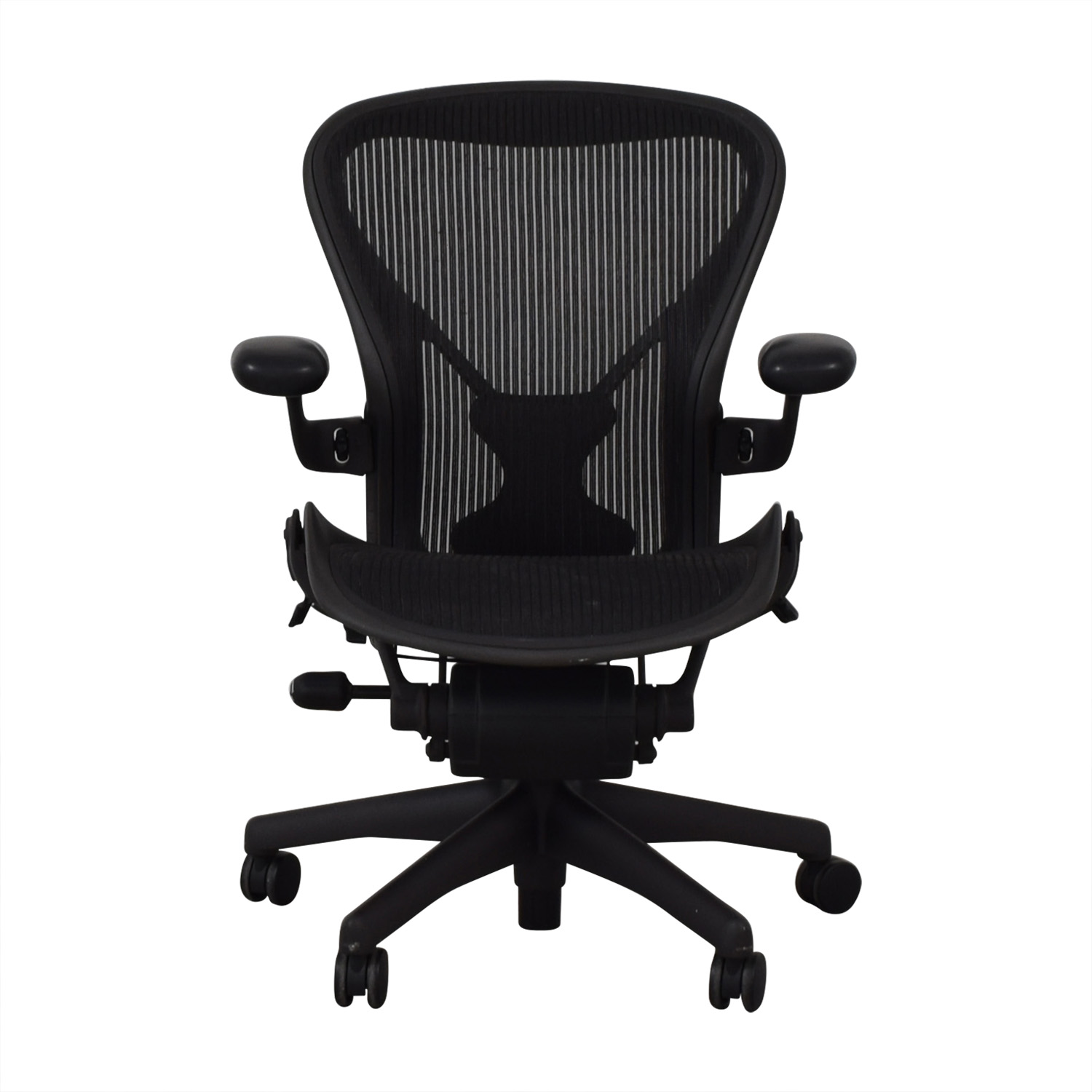 5f113f7a5fb 40% OFF - Herman Miller Herman Miller Aeron Desk Chair   Chairs