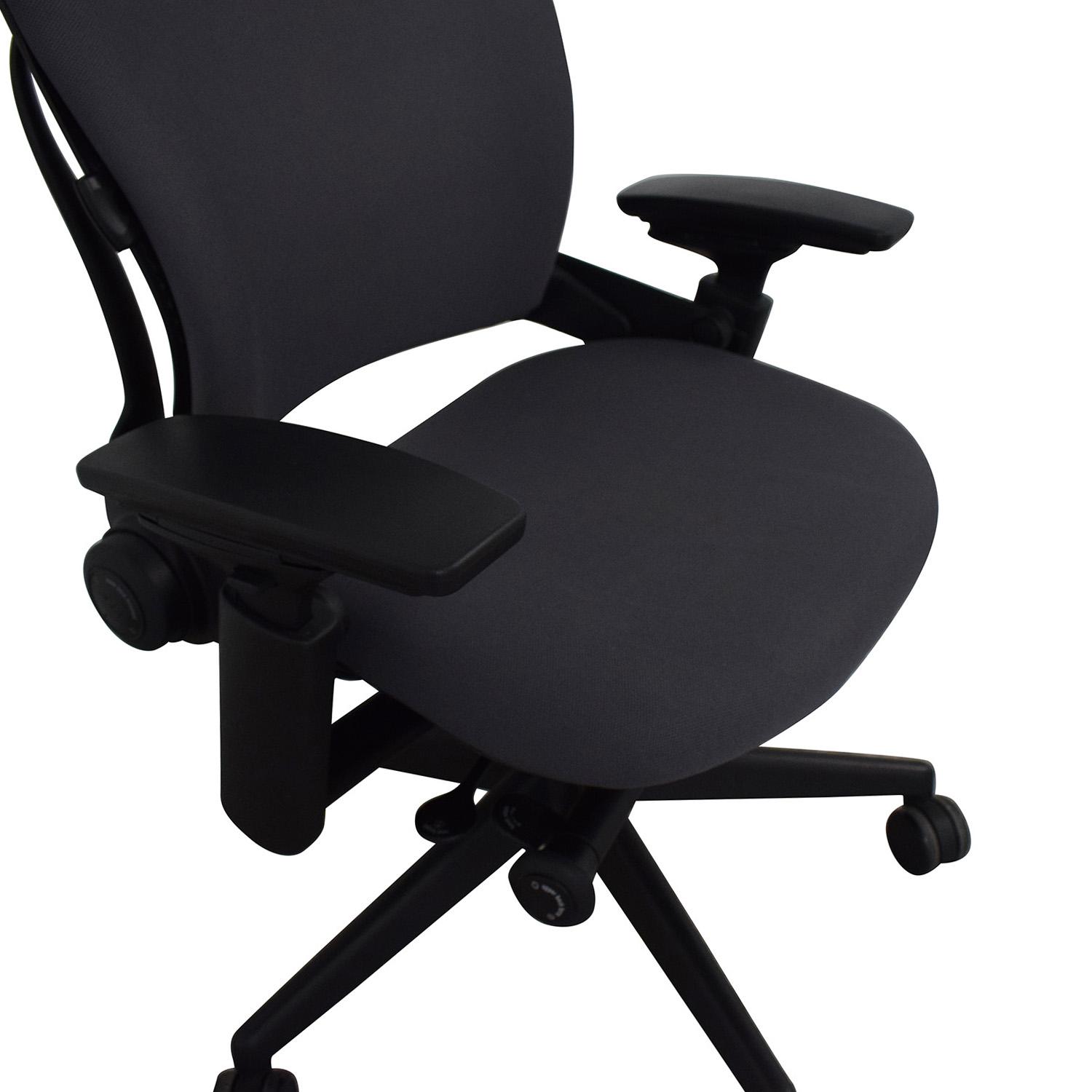 Steelcase Steelcase Leap V2 Office Chair second hand