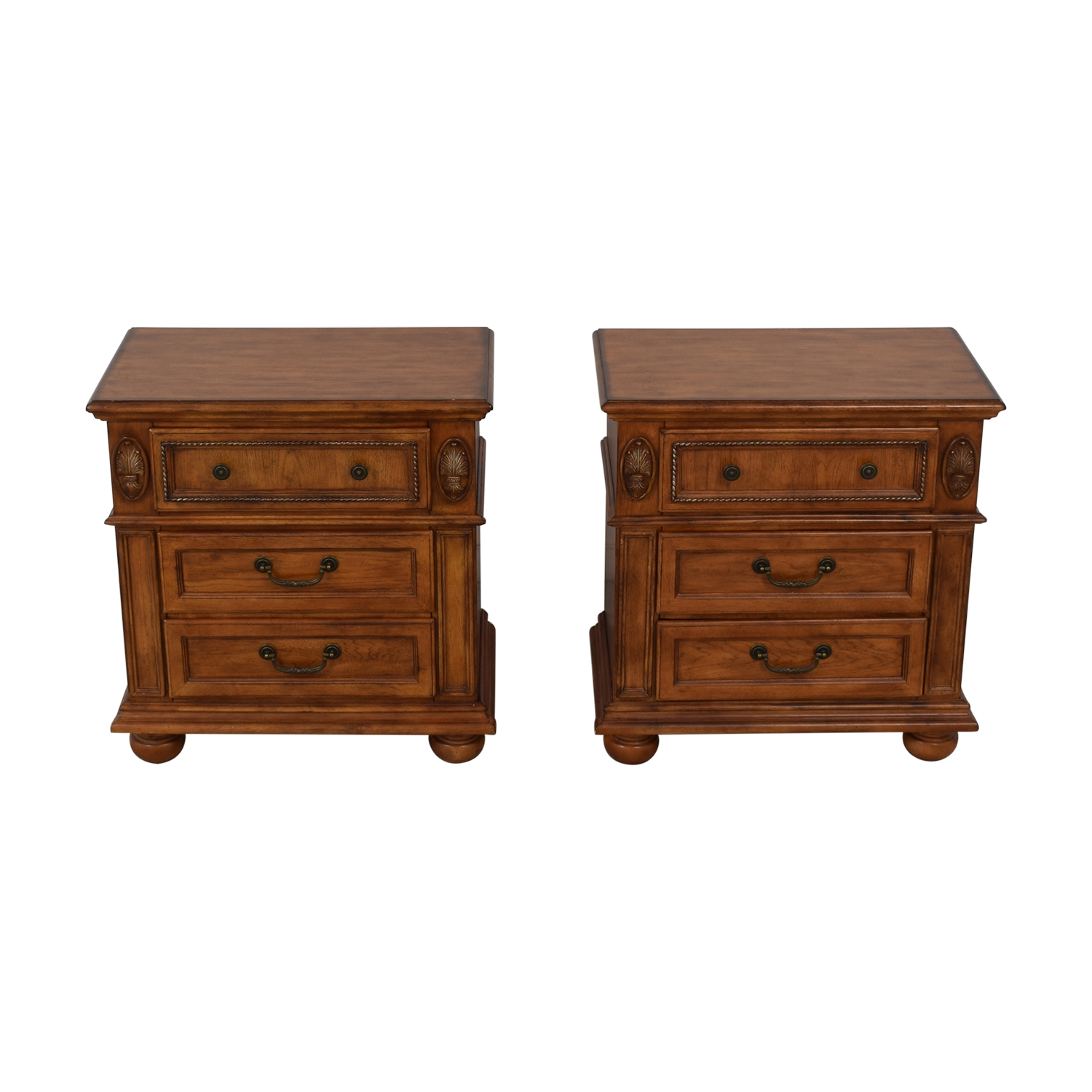 Havertys Nutmeg Night Stands Tables