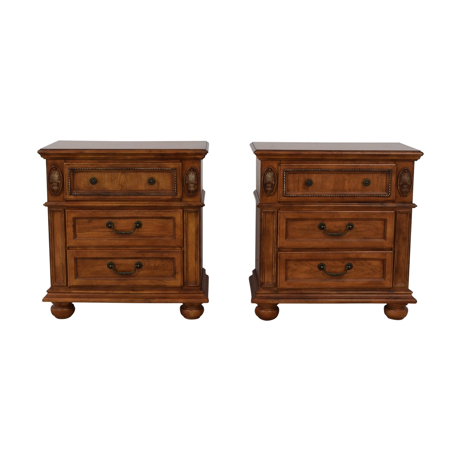 Havertys Havertys Nutmeg Night Stands End Tables