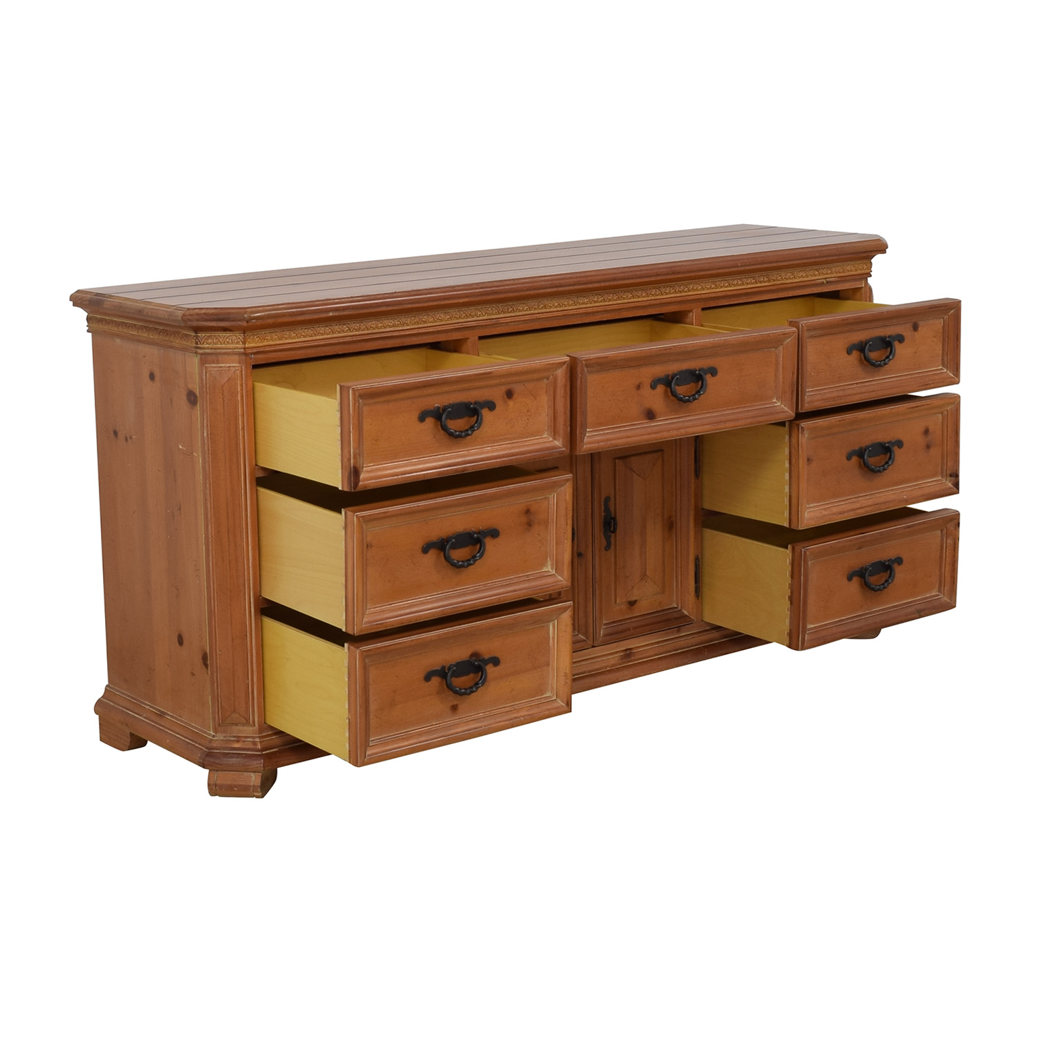Thomasville Thomasville Wood Dresser with Middle Cabinet nyc