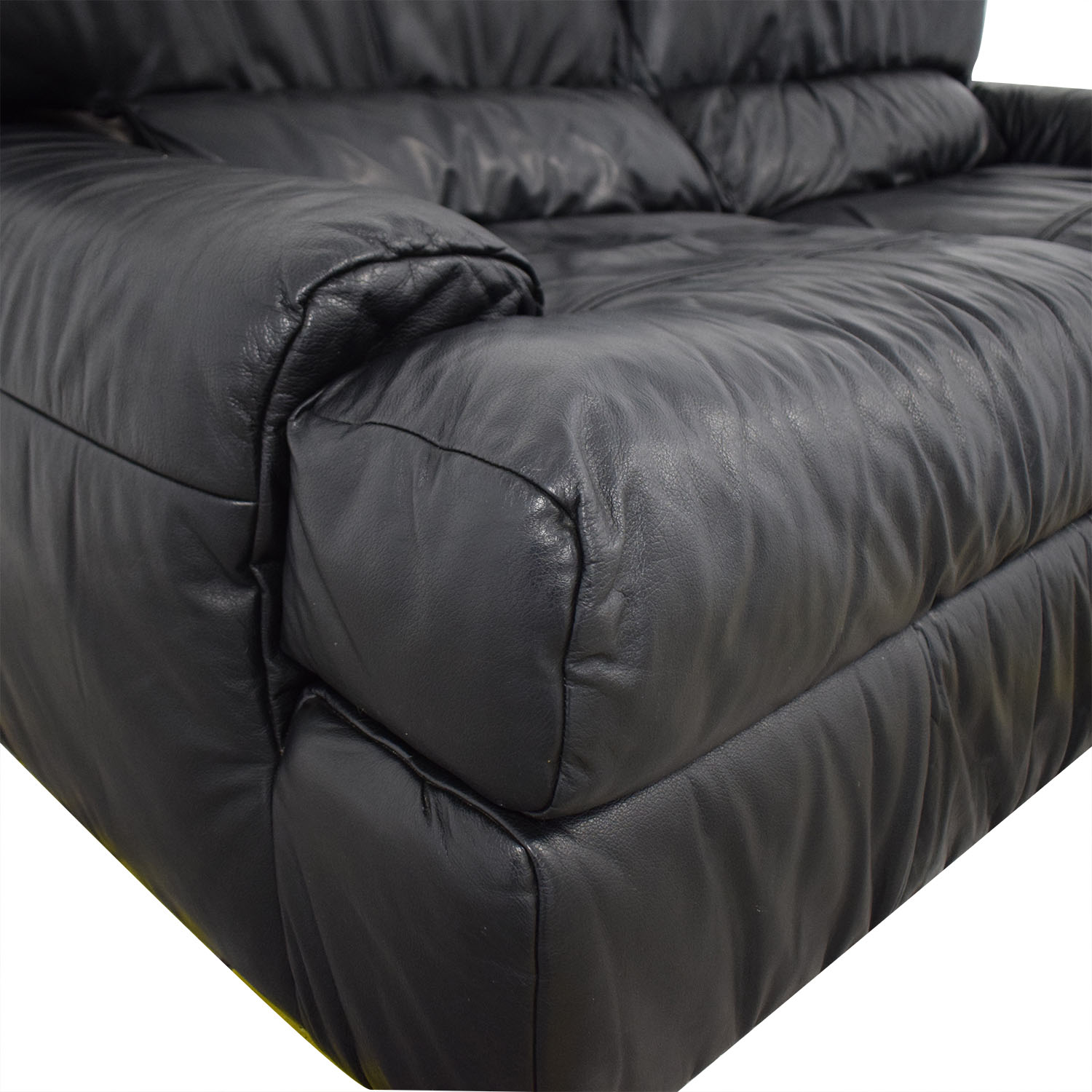 Natuzzi Natuzzi Black Leather Loveseat nj