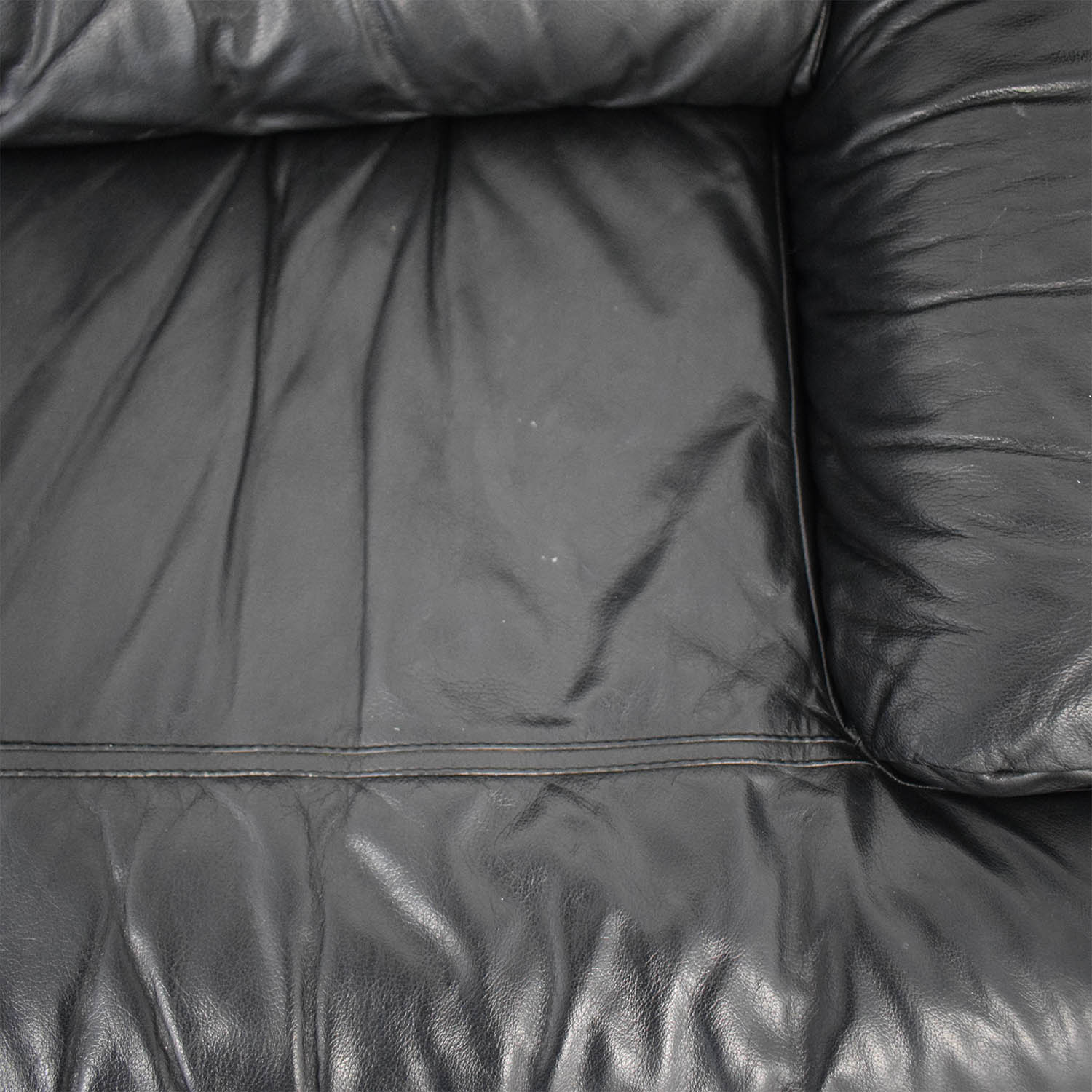 Natuzzi Natuzzi Black Leather Loveseat black