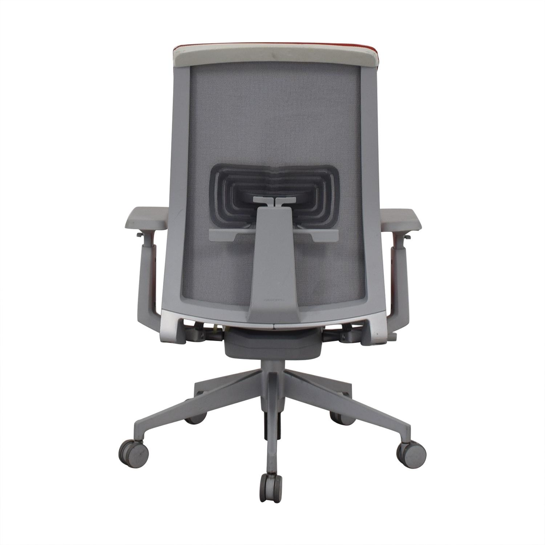 Haworth Haworth Very Task Executive Chair used