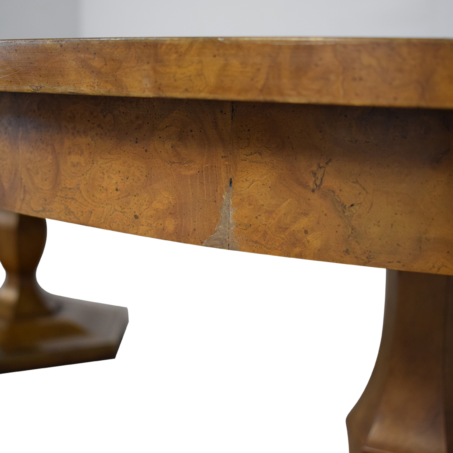 Mastercraft Furniture Mastercraft Furniture Scalloped Edge Dining Table second hand