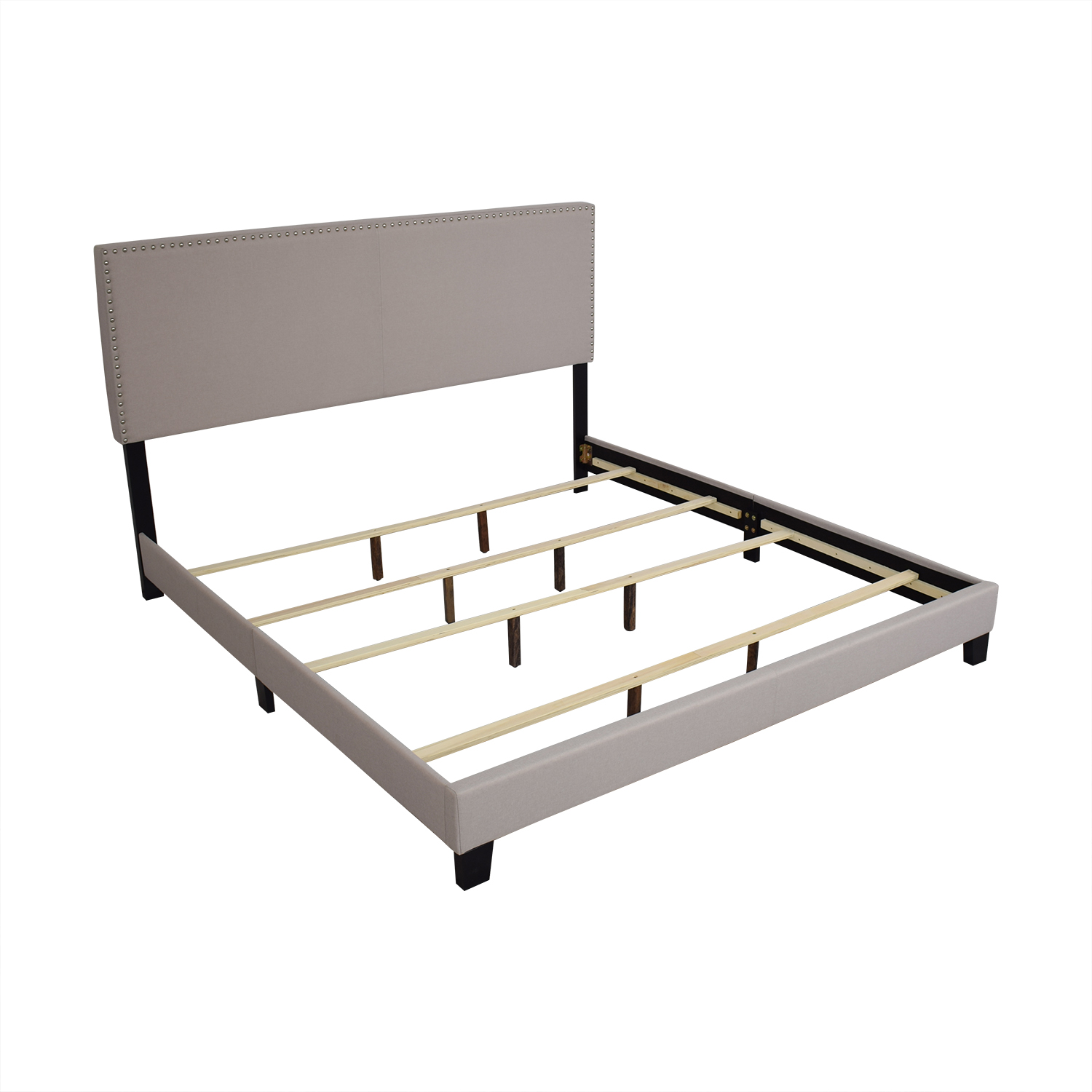 Raymour & Flanigan Raymour & Flanigan Platform King Linen Bed