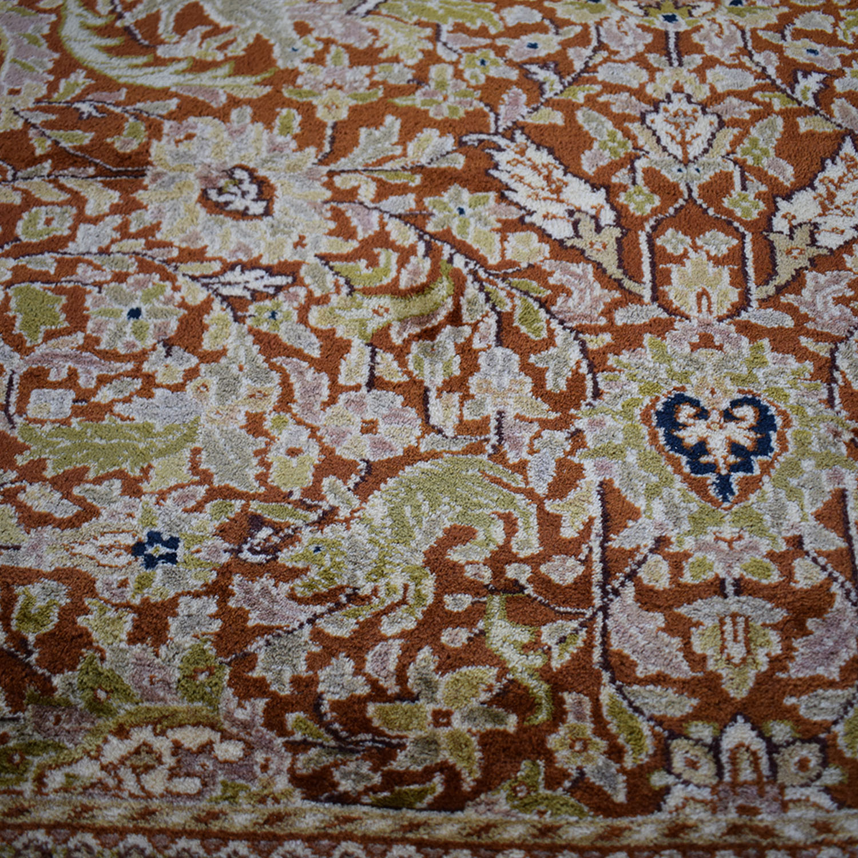 Sultanabad Oriental Rug / Decor