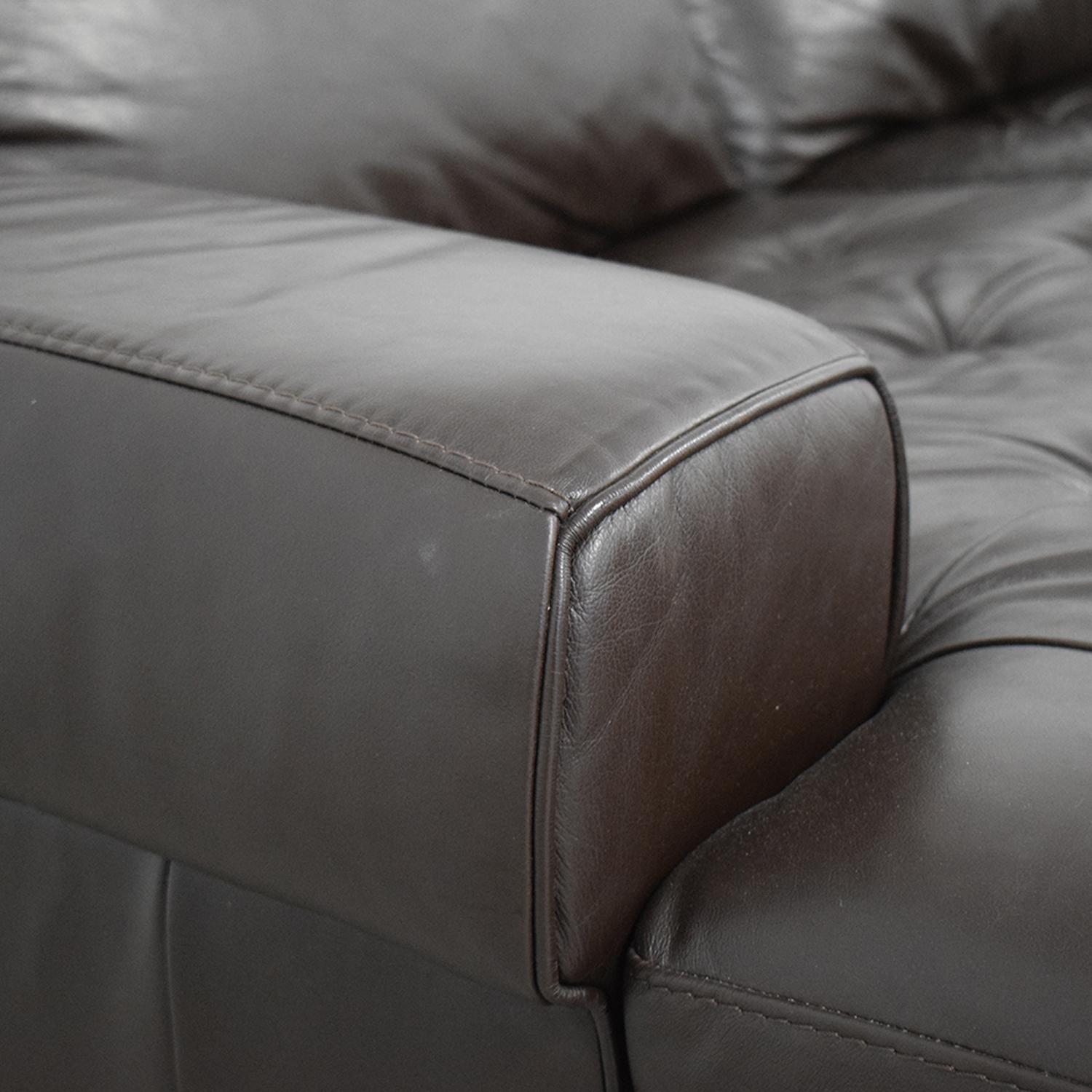 Havertys Havertys Chaise Sectional Sofa coupon