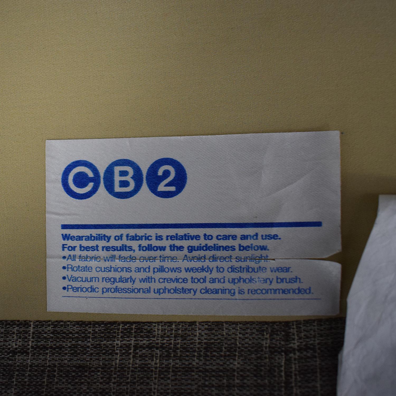 CB2 Avec Tufted Sofa / Classic Sofas