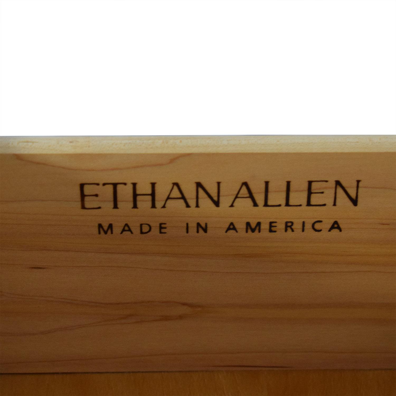 Ethan Allen Ethan Allen Six-Drawer Dresser with Mirror used